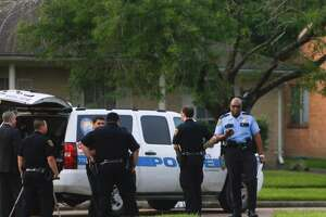 HPD: Officer shoots, kills armed robbery suspect - Photo