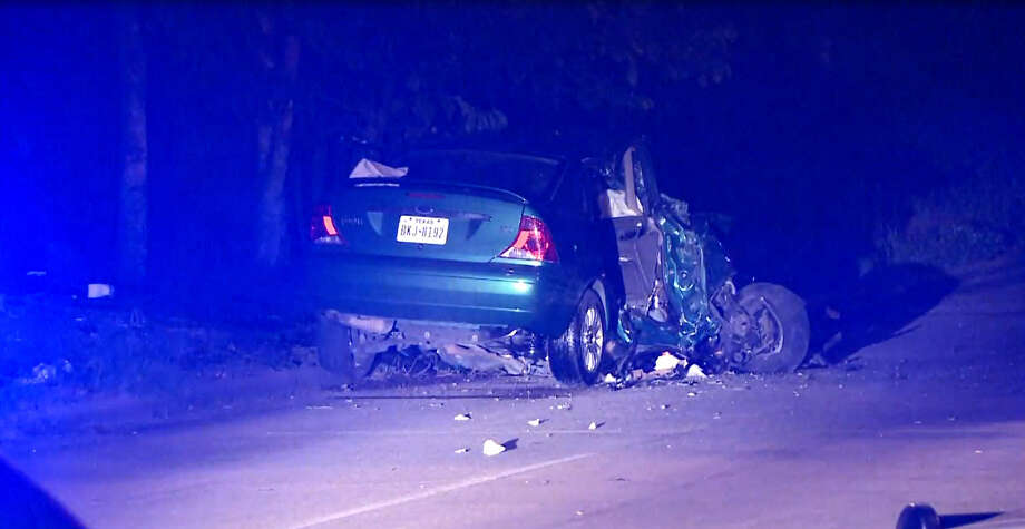 One person died in a traffic crash late Monday night, July 6, 2015, when a diver veered from the road and slammed into a tree in southeast Houston. Photo: Metro Video