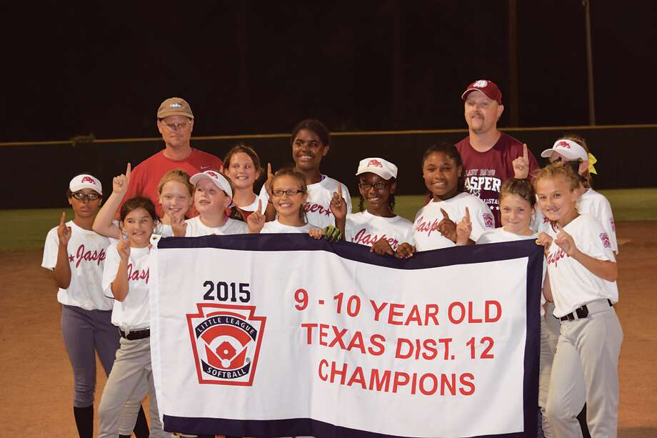 JYBA 9-10 year old girls are District 12 Champions photo Carla Moorhead