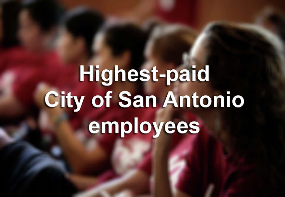 Here are the 29 highest paid City of San Antonio employees, according to 2015 data. Photo: BOB OWEN, SAEN / rowen@express-news.net