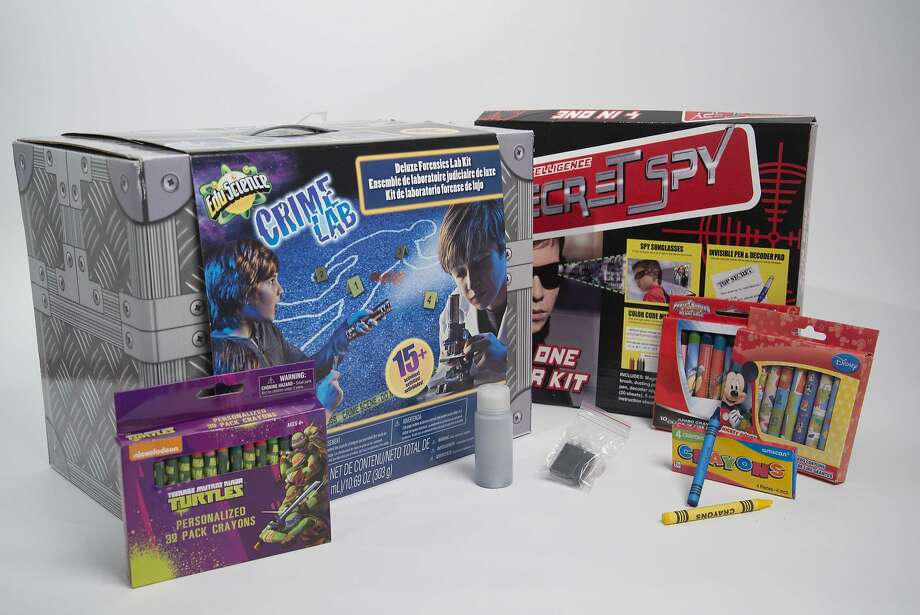 Study finds asbestos in these crayons and children's crime-scene kits. Photo: The Environmental Working Group.