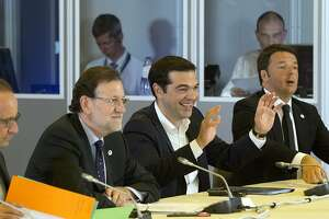Greece gets until Sunday for proposals to stave off collapse - Photo