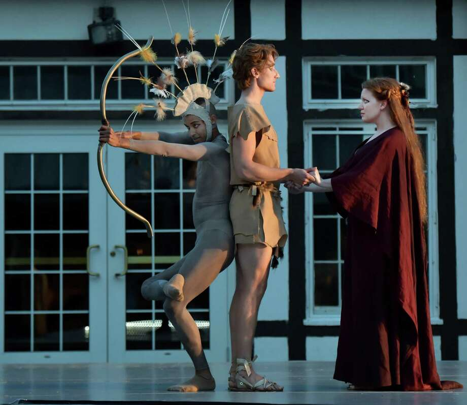 JENNIFER JOHNSON CANO as Dido, BRIAN MEXTORF as Aeneas, and dancer AHMAUD CULVER as Cupid (Gary David Gold) Photo: Gary Gold / ©Gary David Gold, 2015