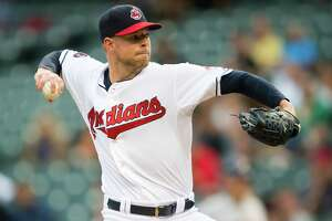 Kluber overcomes lackluster stuff to stymie Astros - Photo