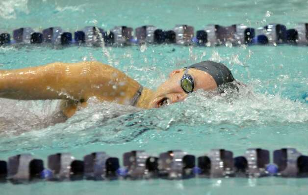 Staples 39 Helene Neuhaus Competes In The 100 Freestyle 129313 Newstimes