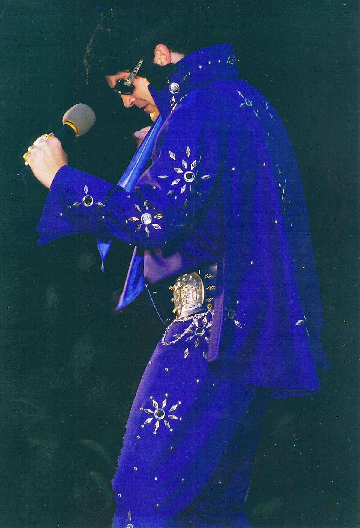 David Devonshuk will create an actual Elvis Presley concert in