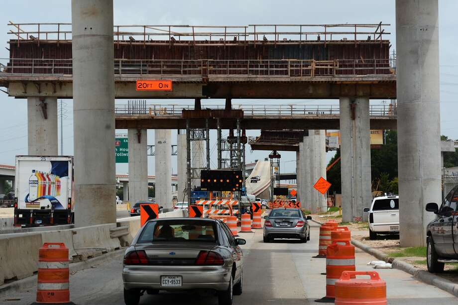 Construction on the direct connector from southbound Highway 249 to westbound Beltway 8 is expected to be open to drivers before the end of 2015. Photo: Jerry Baker, Freelance