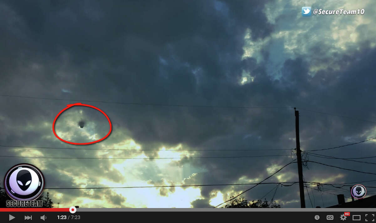 Black Cube Ufo Over El Paso The Work Of Aliens Or A Hoax