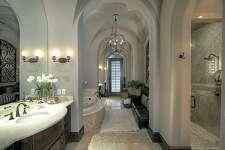 14 Grand Regency  : $5,950,000 / 10,402 square feet