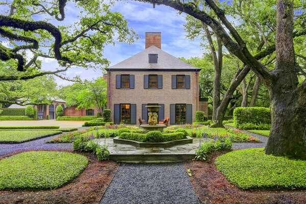 2 Longfellow  : $18,000,000 / 12,808 square feet