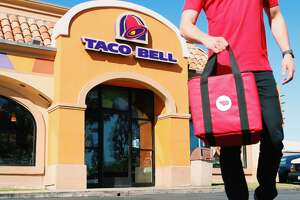 Taco Bell to roll out delivery service - Photo