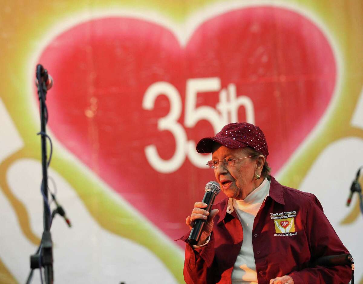 Mary Jimenez, widow of the late Raul Jimenez, addresses the audience at the 35th Annual Raul Jimenez Thanksgiving Dinner at the Convention Center on Nov. 27, 2014. Mary Jimenez died Tuesday, June 4, 2019, at the age of 87.
