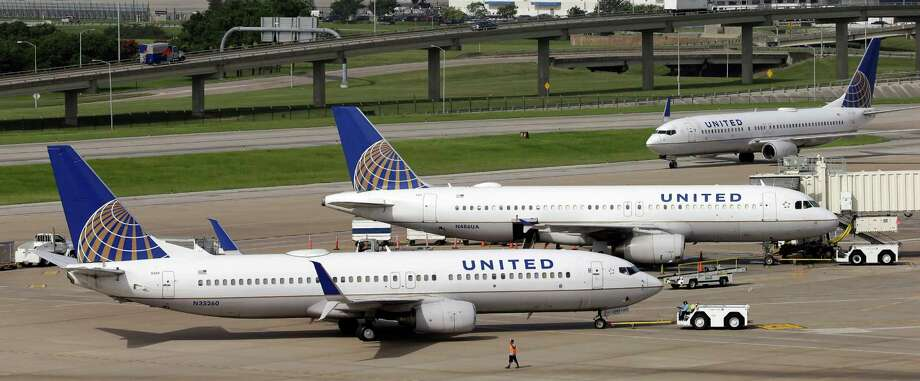 Chicago-based United topped the IdeaWorks/CarTrawler report with $5.9 billion in ancillary revenue in 2014. Photo: David J. Phillip /Associated Press / AP