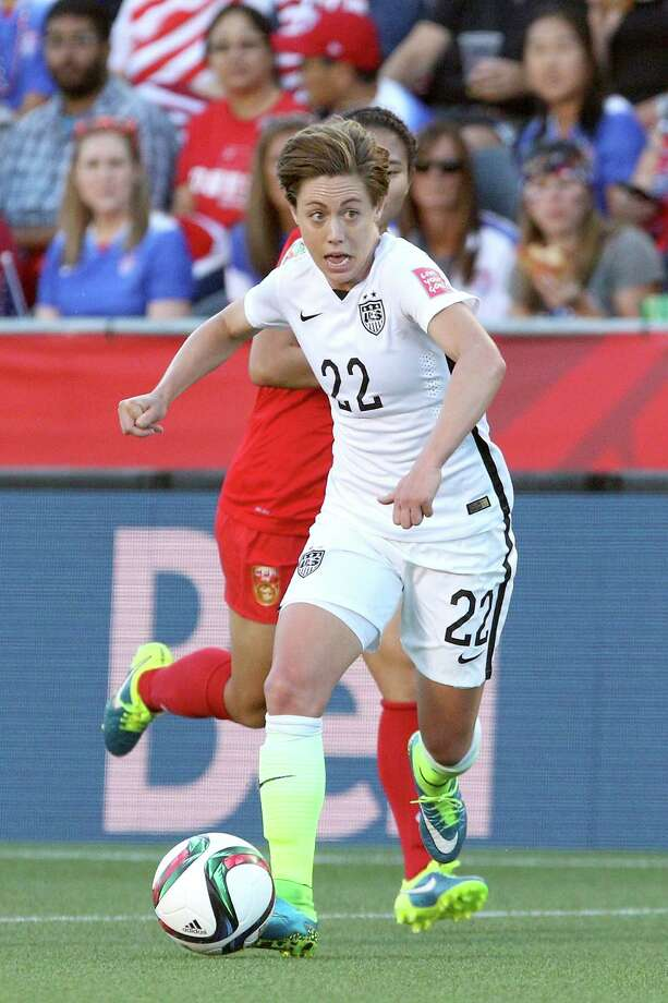 OTTAWA, ON - JUNE 26: Meghan Klingenberg #22 of the United States controls the ball in the first half against China in the FIFA Women's World Cup 2015 Quarter Final match at Lansdowne Stadium on June 26, 2015 in Ottawa, Canada.  (Photo by Jana Chytilova/Freestyle Photo/Getty Images) Photo: Jana Chytilova/Freestyle Photo, Stringer / 2015 Getty Images