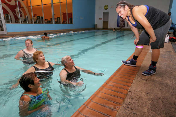 The Pool Is A Good Place To Work Out Expressnews Com