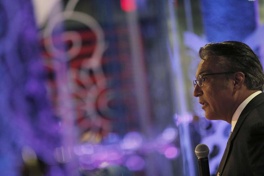 "Sheriff Ross Mirkarimi gives his opening remarks before the debate at the Infusion nightclub in S.F. Challenger Vicki Hennessy says the sheriff ""does not have the support of the staff."" Photo: Carlos Avila Gonzalez, The Chronicle"