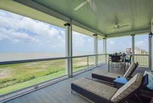 25 Water Key, Hitchcock, Texas Galveston Bay Price: $1.39 million Bedrooms: 4 Bathrooms: 4 Home size (square feet): 4,140  Lot size (acres): .33  Source: Trulia