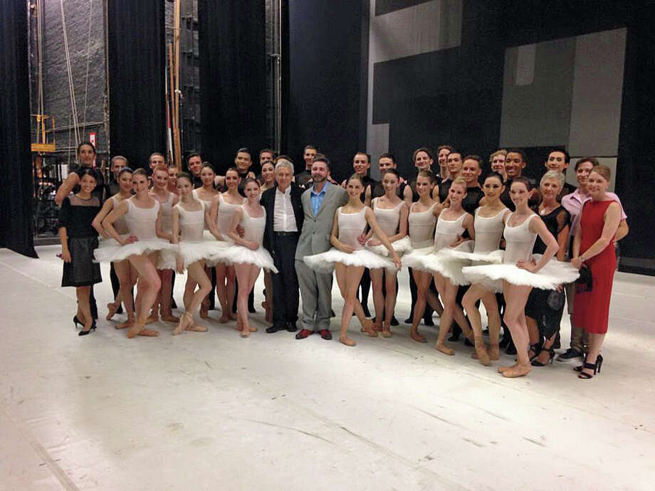 Houston Ballet onstage in Hamburg, Germany, with Hamburg Ballet artistic director John Neumeier and Houston Ballet artistic director Stanton Welch at center. Photo: Houston Ballet