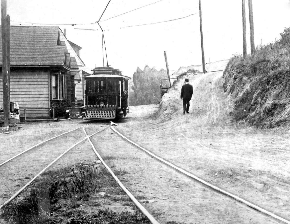 The switchback line on upper Market Street, built in the 1890s and running from 18th and Harrison to Golden Gate Park, is seen in 1915.