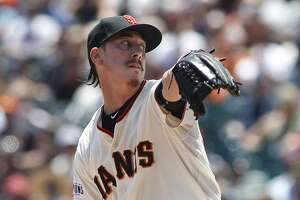 Lincecum's recovery sputters, season might be over - Photo