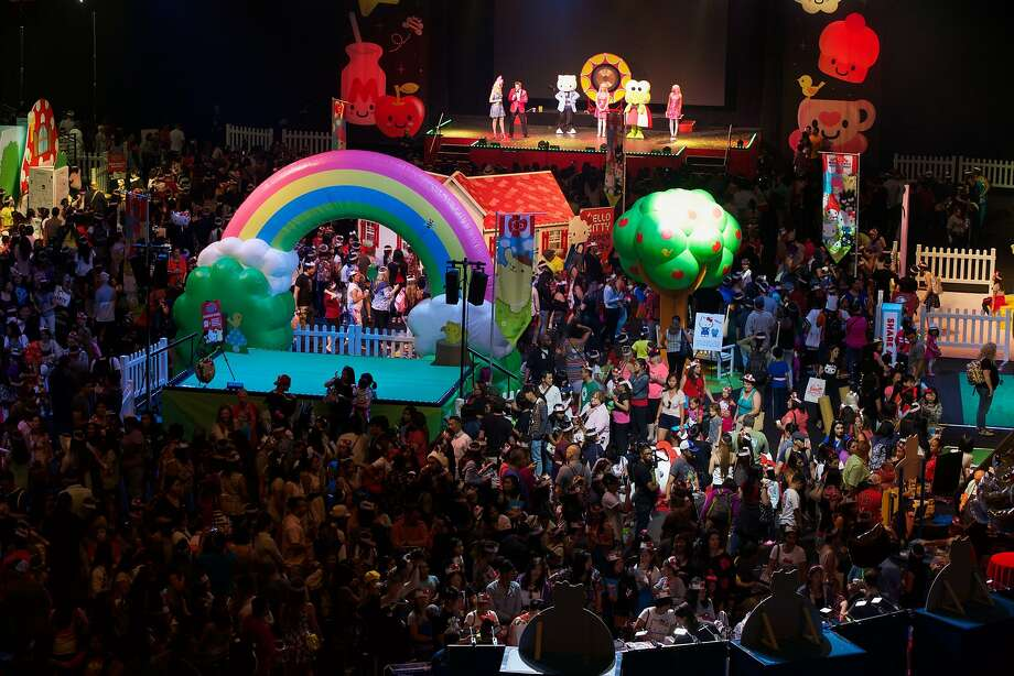 """The main floor is seen at """"Hello Kitty's Supercute Friendship Festival"""" at Oracle Arena in Oakland, California, on Saturday, July 11, 2015. Photo: Loren Elliott, The Chronicle"""