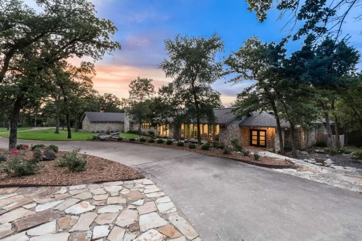 1. 3605 Indian Trail, Arlington, Texas Price: $1.25 million Bedrooms: 4 Bathrooms: 6 full Home size (square feet): 9,239 Lot size( acres): 4.65 Source: Trulia