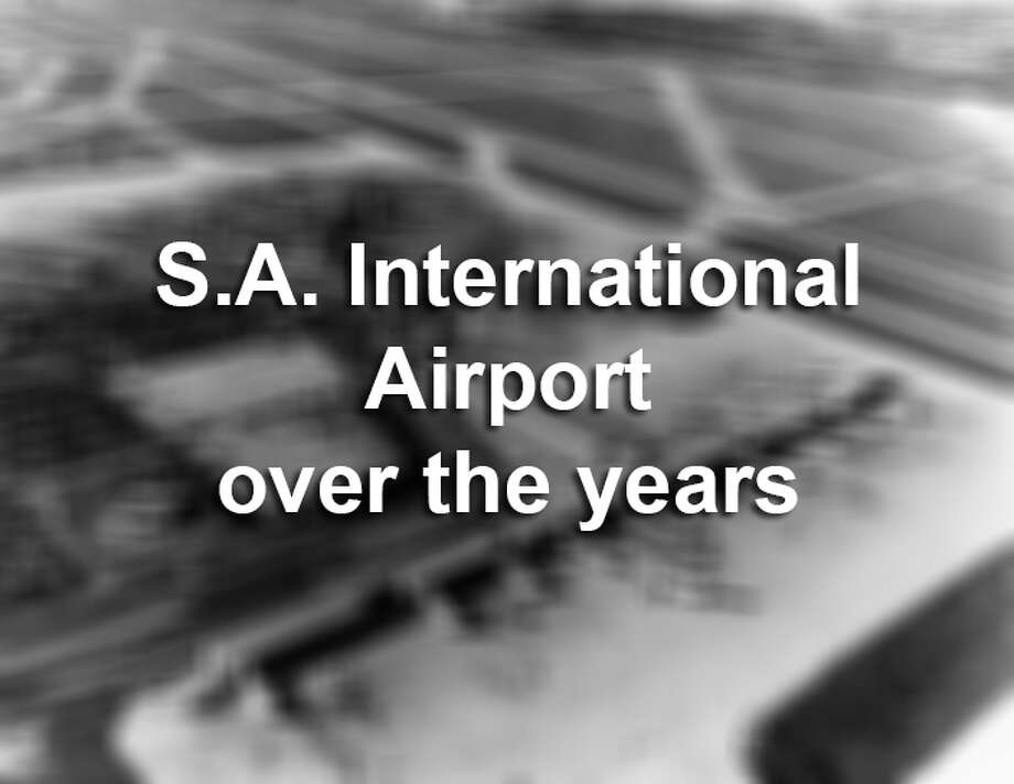 A look back at the San Antonio International Airport Photo: COURTESY/AERIAL PHOTOS WEISSGARB, Courtesy Photo