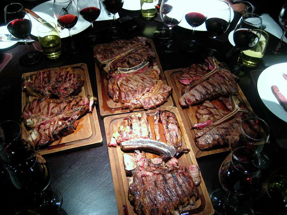 Wine spectator names best wine lists in south texas for Porterhouse vs t bone