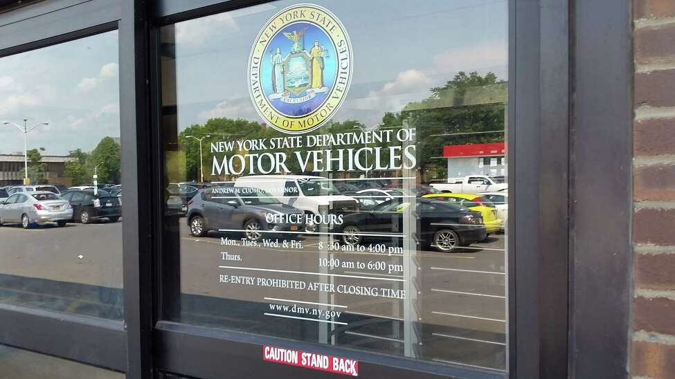 The state Department of Motor Vehicles office on South Pearl Street in Albany. (Photo by Chris Churchill / Times Union)