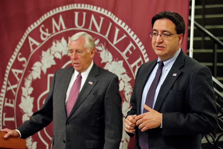 Gallego Photo: Edward A. Ornelas, Staff / San Antonio Express-News / © 2013 San Antonio Express-News
