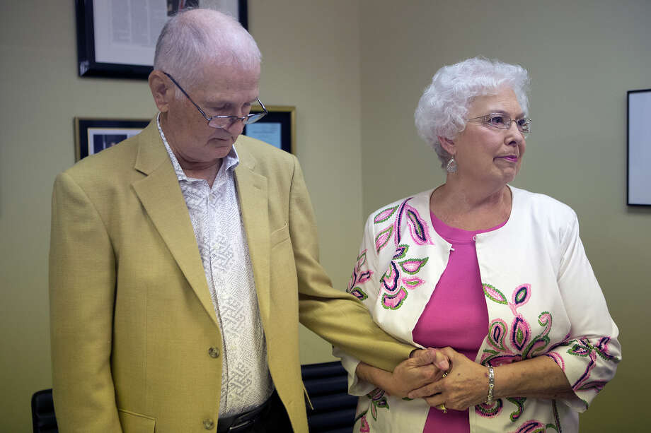 David Temple's mother, Maureen, with husband Kenneth at Monday's news conference, said the family considered Belinda Temple the daughter they never had. Photo: Cody Duty, Staff / © 2015 Houston Chronicle