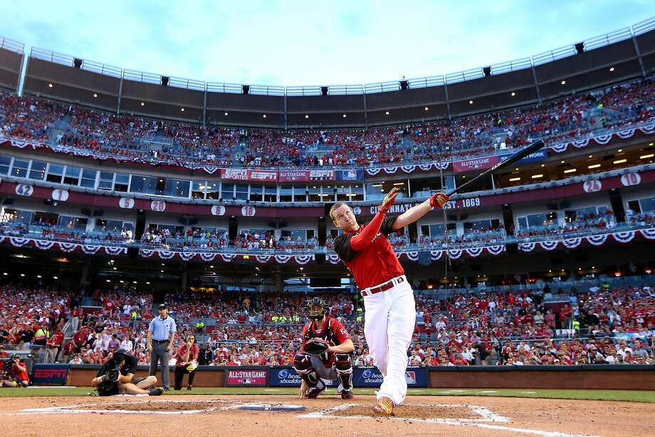 CINCINNATI, OH - JULY 13:  National League All-Star Todd Frazier #21 of the Cincinnati Reds bats during the Gillette Home Run Derby presented by Head & Shoulders at the Great American Ball Park on July 13, 2015 in Cincinnati, Ohio.  (Photo by Elsa/Getty Images) Photo: Elsa, Getty Images