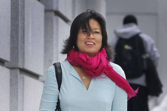 Mimi Lee arrives at San Francisco Superior Court for the second day of testimony in San Francisco, Calif. on Tuesday, July 14, 2015 in her case against ex-husband Stephen Findley involving custody of their frozen embryos.