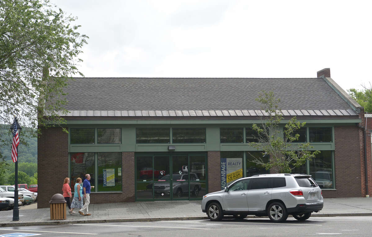 The former CVS pharmacy building at 41 Main Street, in New Milford, on Tuesday, July 14, 2015. The building is the type of property the proposed changes to tax abatement for businesses would hope to fill.