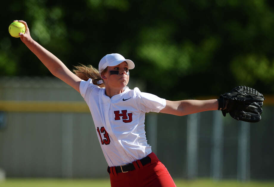 Hardin-Jefferson's Taryn Huff will continue her softball career on the collegiate level after signing with Lamar State College-Port Arthur. Hardin-Jefferson's Taryn Huff, No. 13, throws against a Bridge City hitter during Tuesday's game. The Hardin-Jefferson Lady Hawks hosted the Bridge City Cardinals for the District 24-4A showdown Tuesday afternoon. Photo taken Tuesday 4/21/15 Jake Daniels/The Enterprise   Manditory Credit, No Sales, Mags Out, TV OUT, Web: AP Members Only Photo: Jake Daniels / ©2015 The Beaumont Enterprise/Jake Daniels