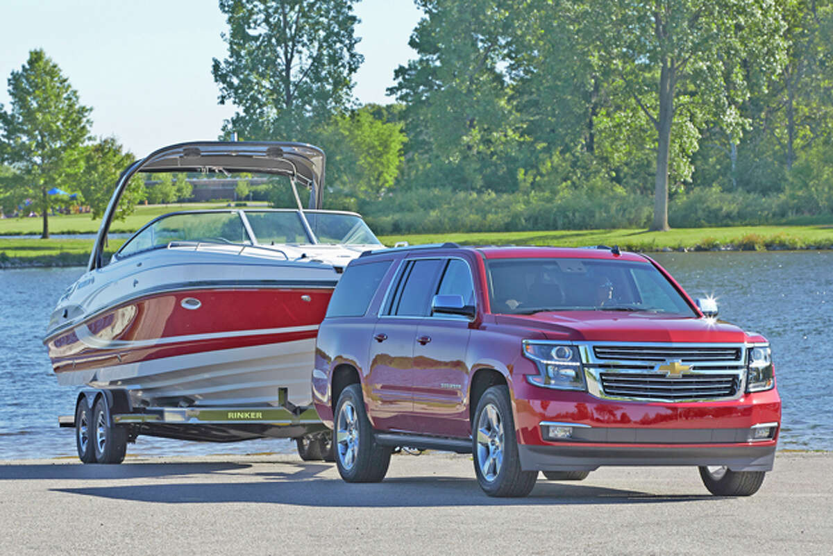 2015 Chevrolet Suburban LTZ (photo courtesy General Motors Corp.)
