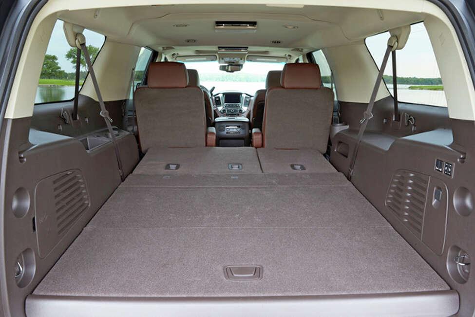 2015 Chevrolet Suburban LTZ (photo courtesy General Motors Corp.)