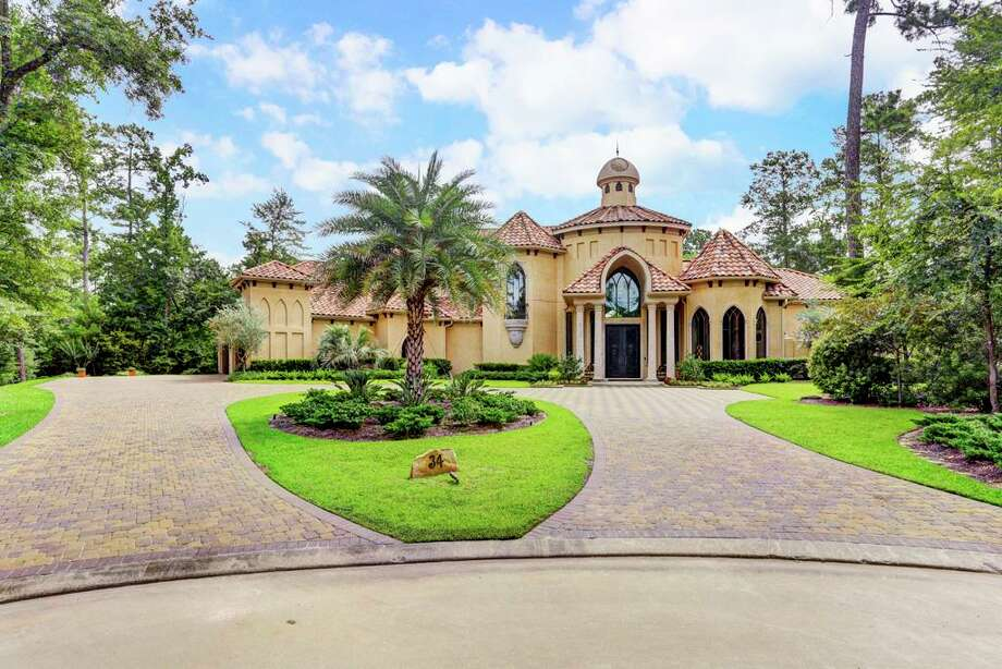 The Woodlands34 Norlund Way: $3,199,000 / 7,202 square feet Photo: Houston Association Of Realtors