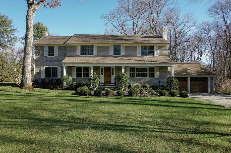 In mid-May, a Sotheby's International Realty-listed house at 295 Woodbine Rd. in North Stamford sold for $990,000, amid a broader pickup of activity in the Fairfield County residential real estate market. Photo: Contributed Photo / Stamford Advocate
