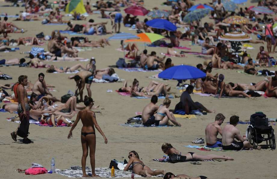 We've got hot weather coming. Excessively hot. Photo: Manu Fernandez, AP