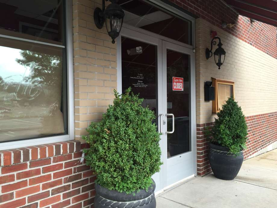 Viale's Ristorante in Black Rock has closed its doors.  Photo: Michael DeSalvo, Connecticut Post