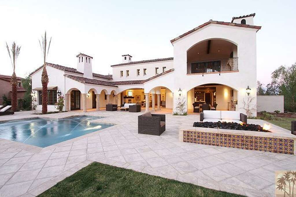Nike co-founder Phil Knight bought this 5-bedroom home located in La Quinta