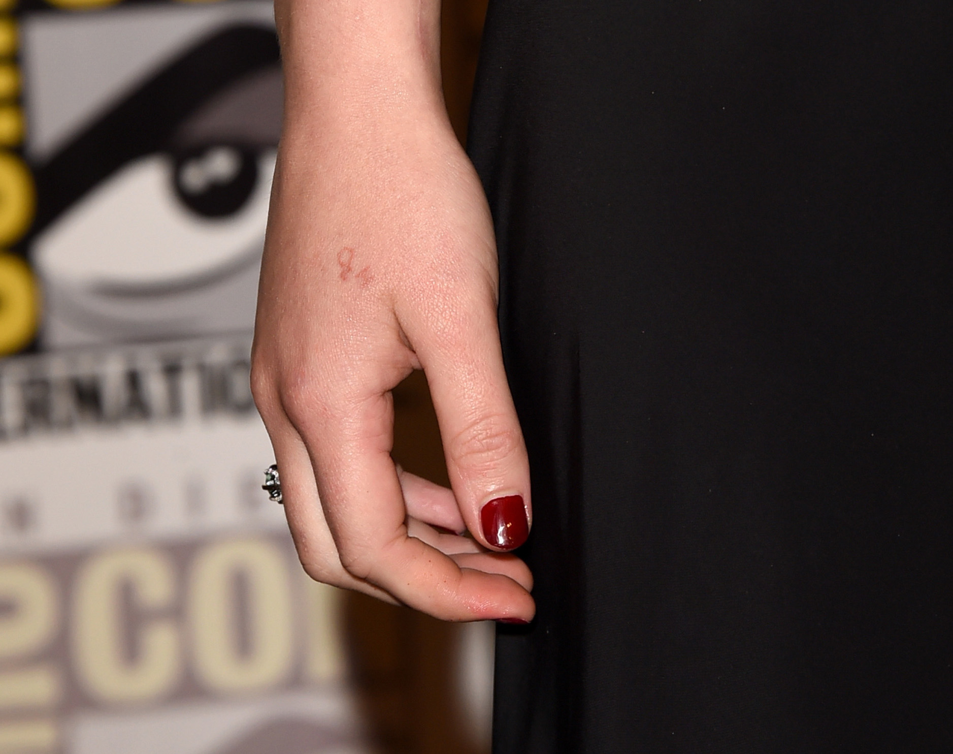 Jennifer lawrence 39 s new tattoo has a huge mistake for Tattoo shops in bridgeport ct