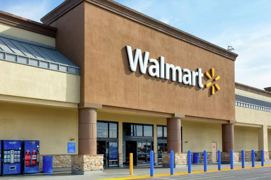 Walmart Women's Economic Empowerment Initiative (WEE): Photo: Shutterstock