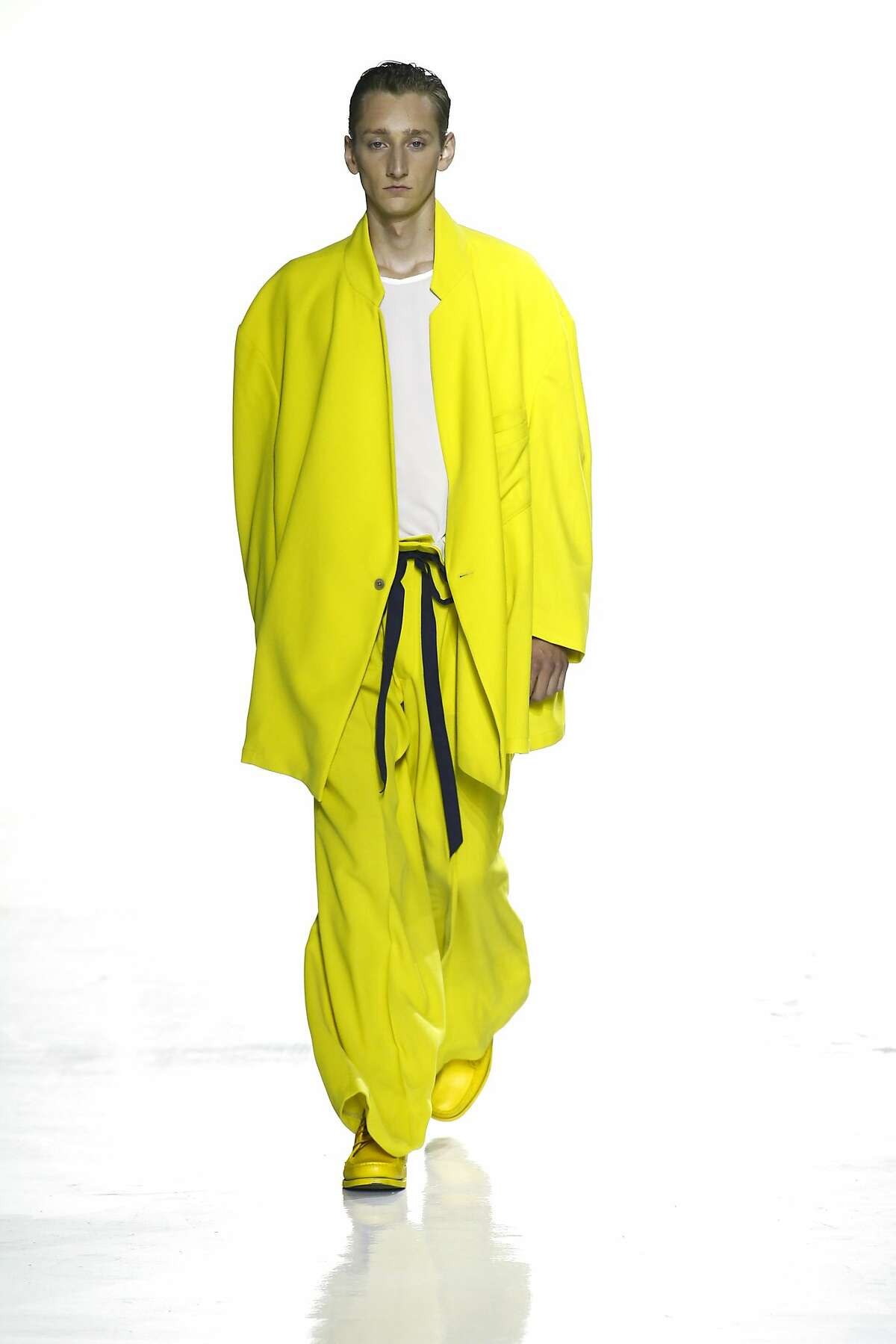The looks at Duckie Brown, presented July 14 at New York Fashion Week: Mens, combined volume with eye-popping colors like chartreuse.