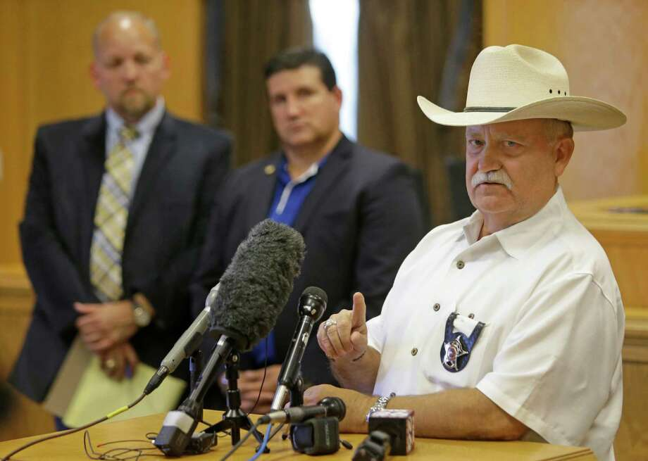 Waller County Sheriff R. Glenn Smith is under fire for driving with so many firearms and for driving 30 minutes back to his office before reporting the theft. Photo: Melissa Phillip, Staff / © 2015  Houston Chronicle