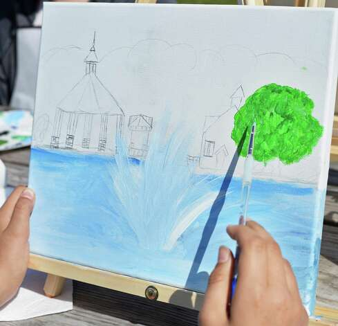 Young artists from the Performance School of the Arts in Clifton Park paint  landscapes en plein air Thursday July 16, 2015 at the Crossings in Colonie, NY.  (John Carl D'Annibale / Times Union) Photo: John Carl D'Annibale / 00032648A