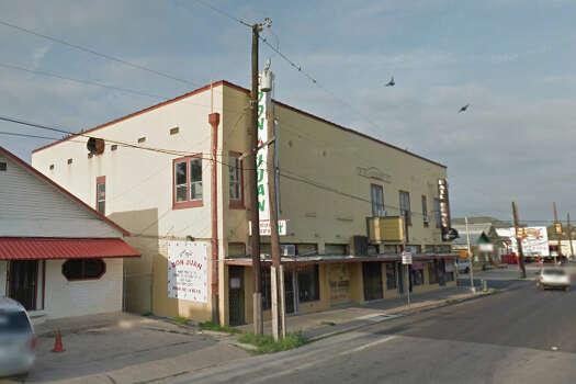 CAFE DON JUAN: 1422 W COMMERCE ST San Antonio , TX 78207 Date: 07/15/2015  Demerits: 14 Photo: Google Street View/Maps