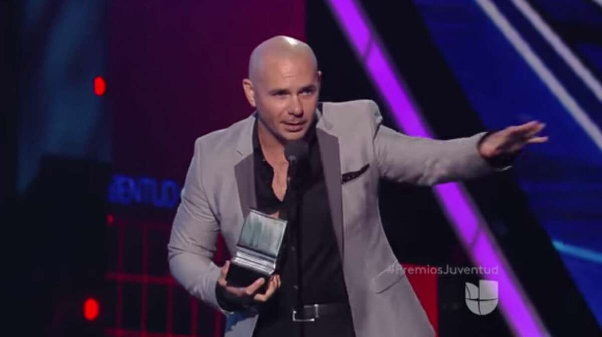 Pitbull gave a warning to Donald Trump during an awards acceptance speech, saying he should