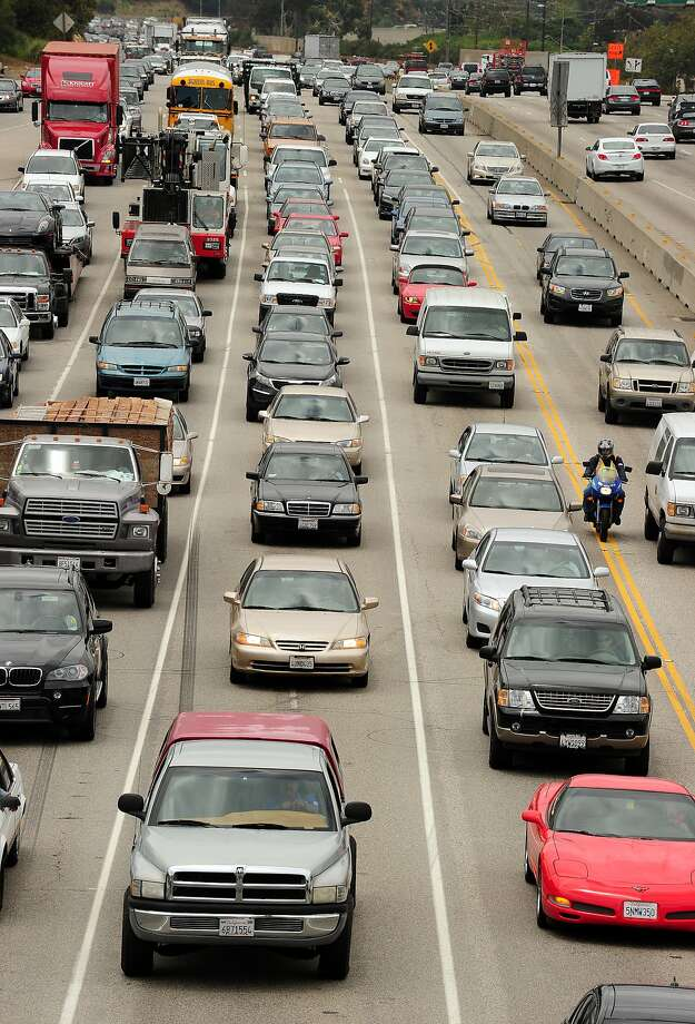 Los Angeles' Interstate 405 has long been the bane of commuters — and now it messes with self-driving cars, too. Photo: Robyn Beck, AFP/Getty Images